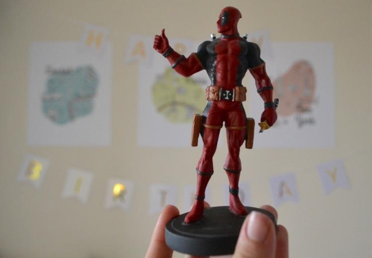 deadpool-figure