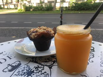 juice and muffin