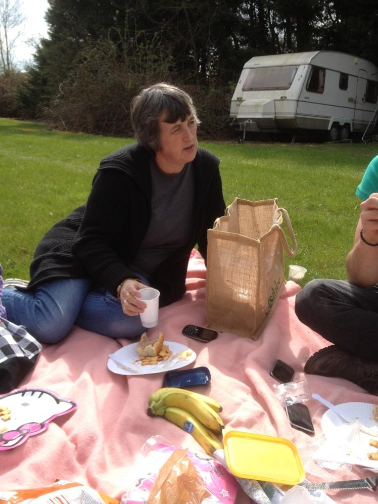 picnic story time 3.JPG